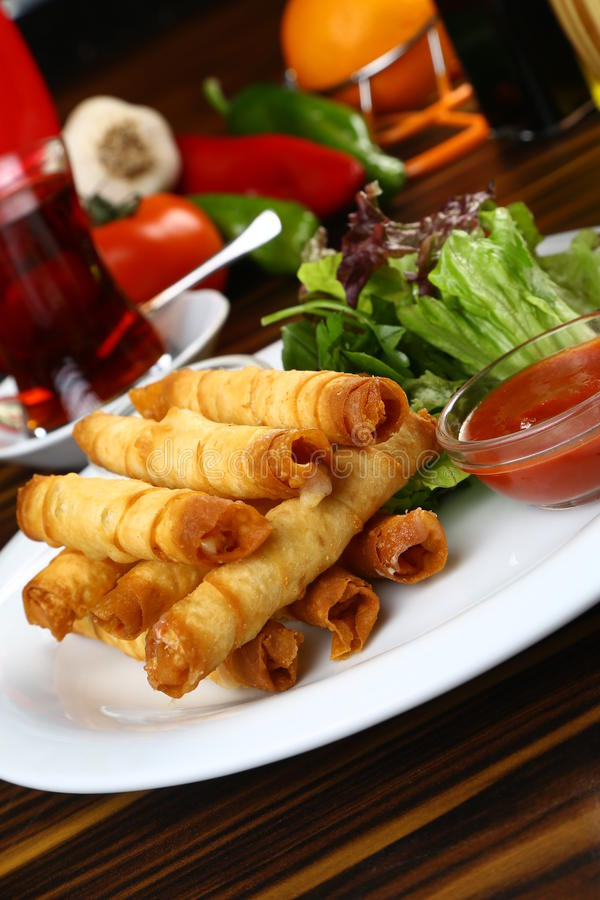 Turco Fried Sigara Borek imagens de stock