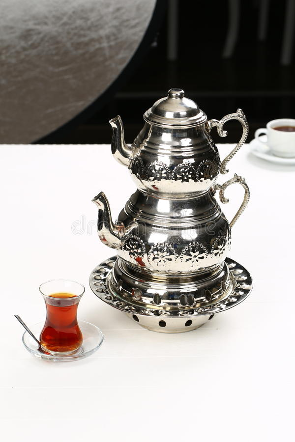 Turecka herbata i teapot zdjęcie stock