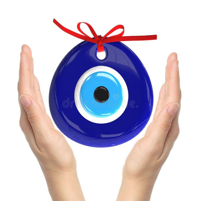 Turecki amulet oko zła Nad rękami z białymi tło, 3D zdjęcie stock
