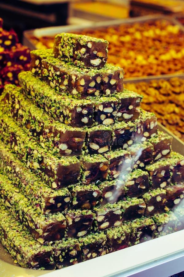 Turecki zachwyt lub lokum jesteśmy rodziną słodycze opierać się na gel krochmal i cukier fotografia stock