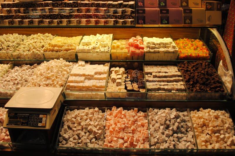 Download Turecki zachwyt na bazarze obraz stock. Obraz złożonej z miód - 57659005