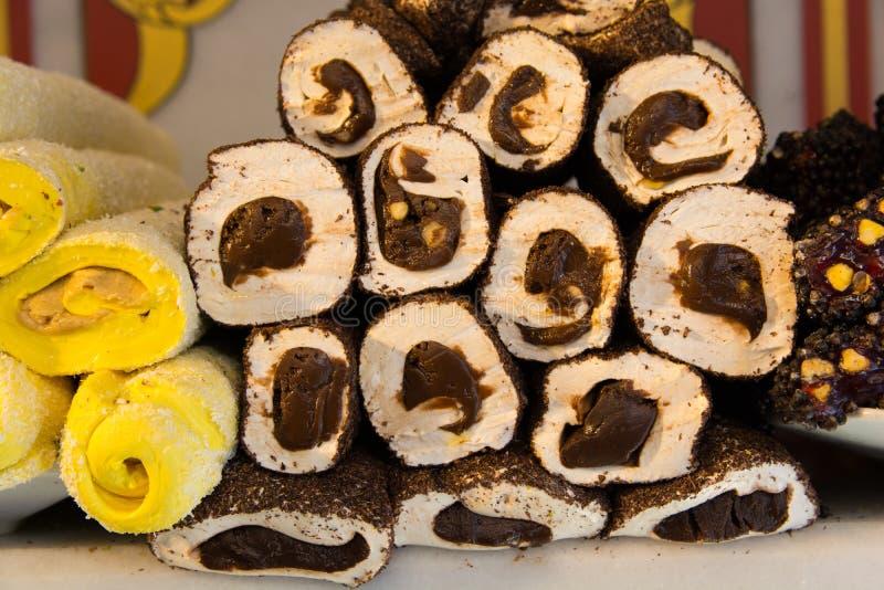 Turecki zachwyt z wewnętrzną czekoladą zdjęcia stock