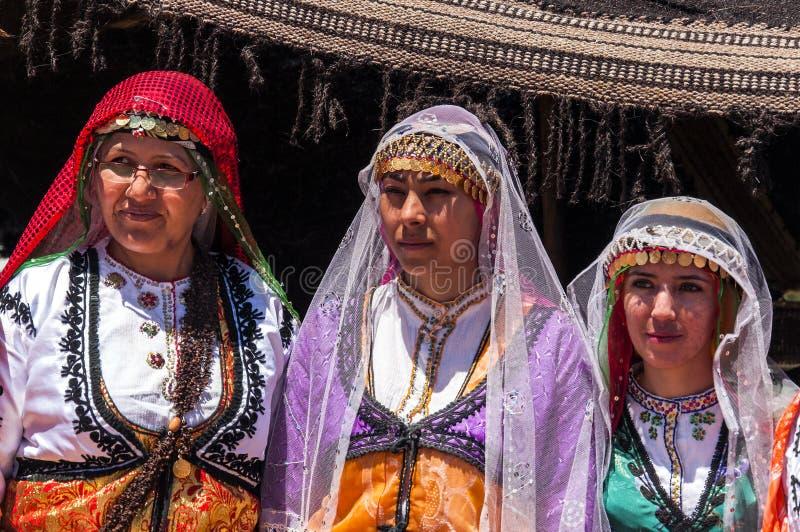 Tureckie kobiety w tradycyjnej sukni zdjęcie royalty free