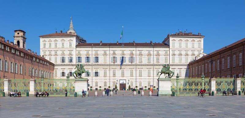 Turijn - het paleis van Palazzo Reale stock afbeeldingen