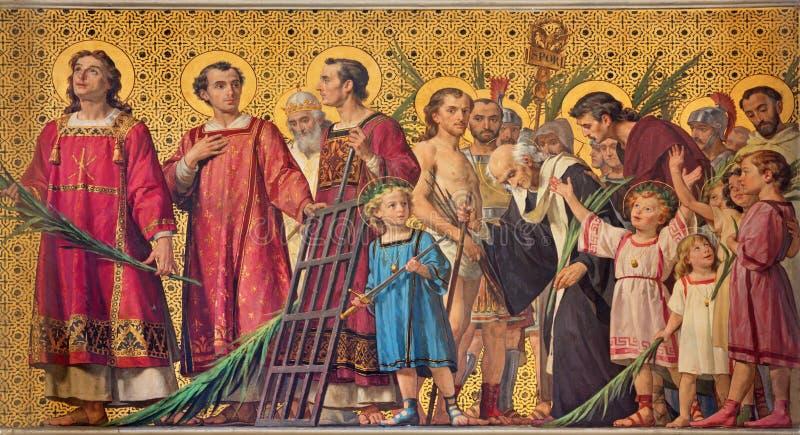 TURIJN, ITALIË - MAART 15, 2017: De symbolische fresko van heilige amartyrs met de binnen kerk Chiesa Di San Dalmazzo royalty-vrije stock afbeelding