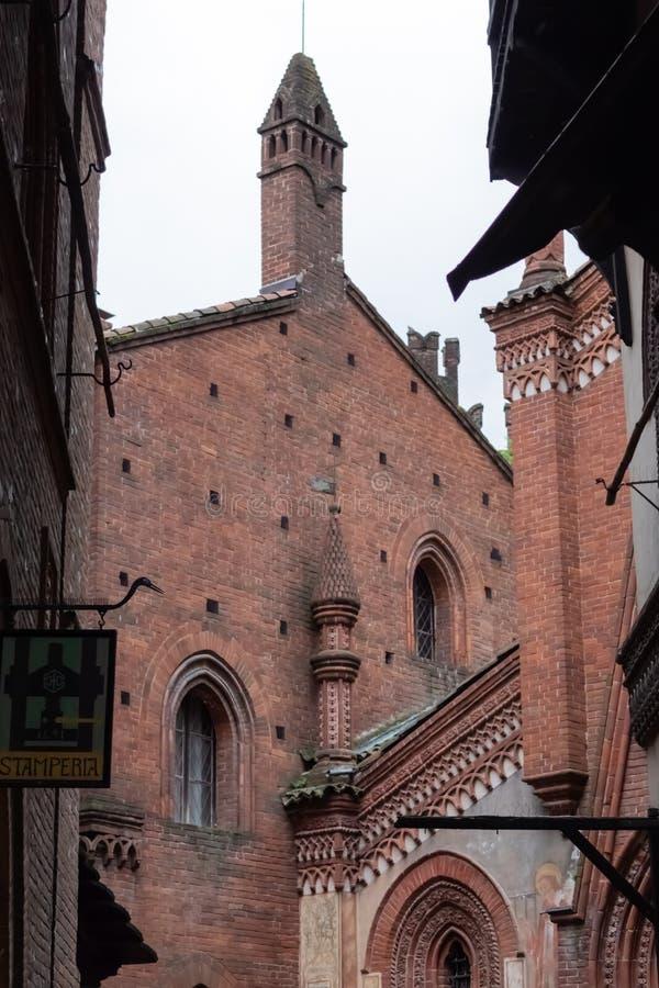 TURIJN, ITALIË - 25 Mei 2019: Middeleeuwse dorpsmening royalty-vrije stock foto's