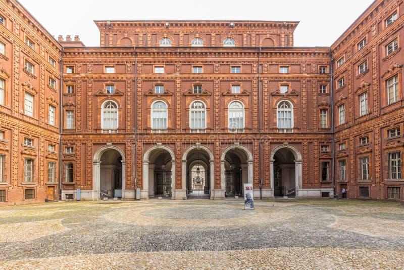 Turijn, Piemonte, Italië, 06 September 2017 Binnenlandse voorgevel van Pa royalty-vrije stock afbeelding