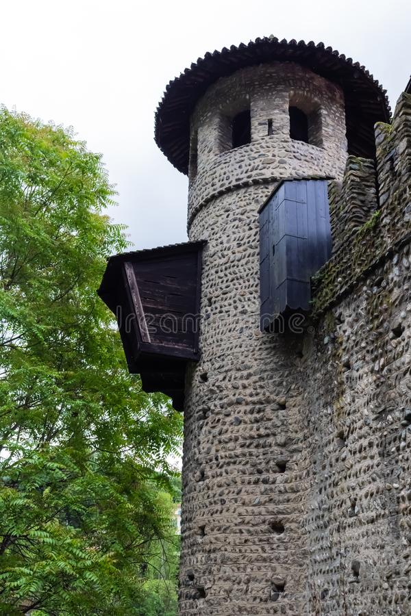 TURIN, ITÁLIA - 25 de maio de 2019: Castelo medieval em Parco del Valentino foto de stock
