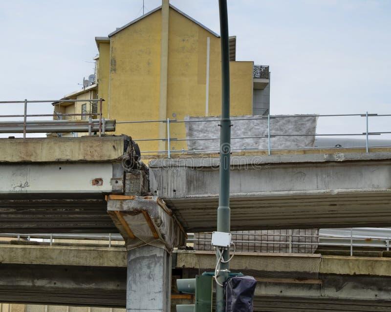 Turin, Italie La démolition du passage supérieur de Corso Grosseto photographie stock