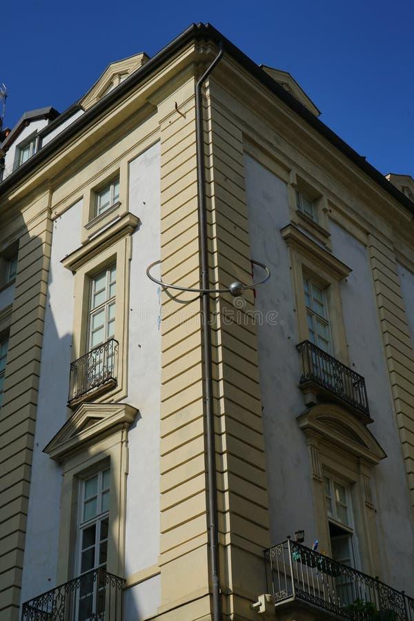 Turin, o palácio com a perfuração fotos de stock