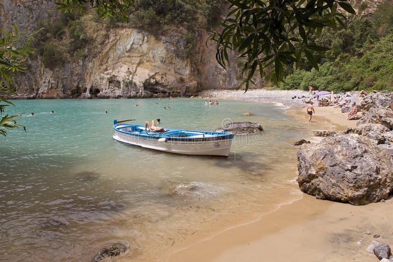 Turism på udde Palinuro, Italien royaltyfri bild