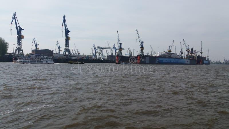 turism van de de golven scheep handel van Elba Hamburg grote beuty europa van de havenrivier royalty-vrije stock fotografie