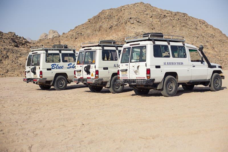 Turismo del safari de Egipto de los coches fotografía de archivo libre de regalías