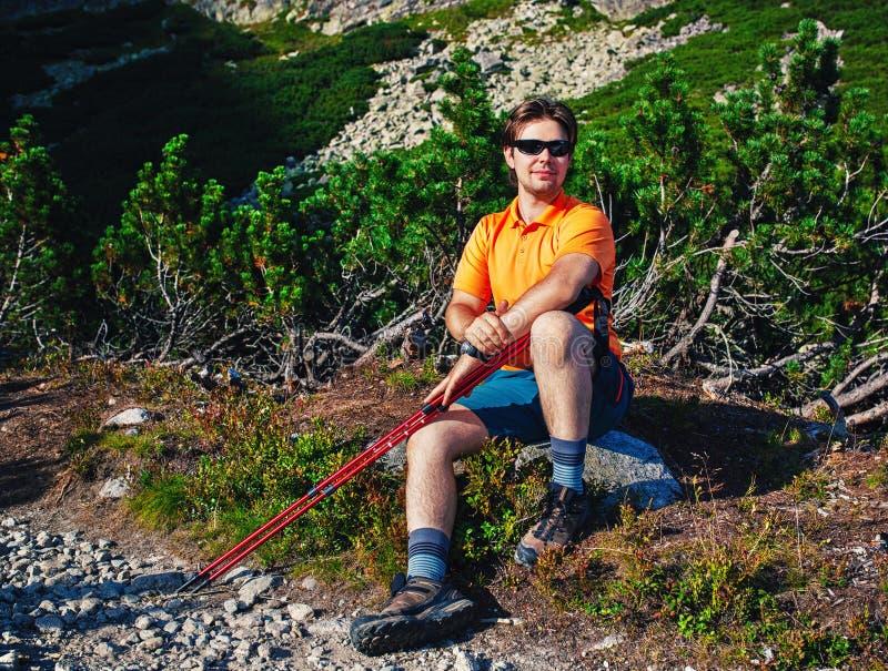 Turist för ung man arkivfoton