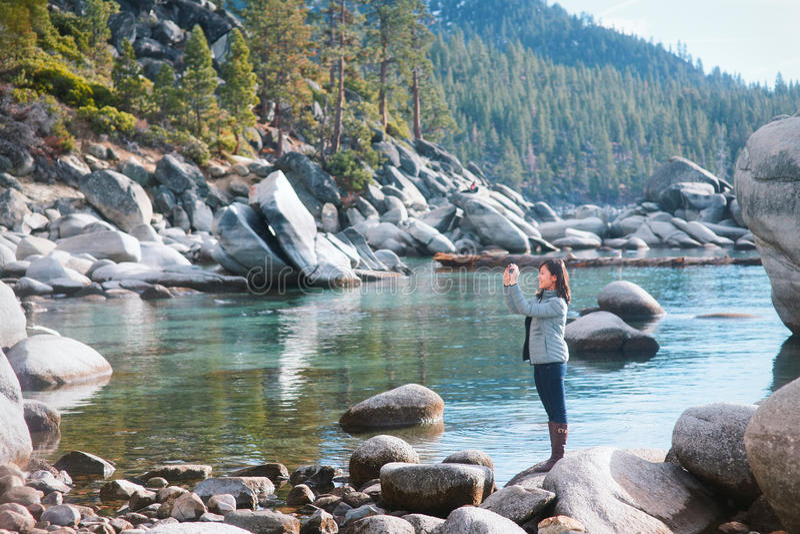Turist i Lake Tahoe arkivbild
