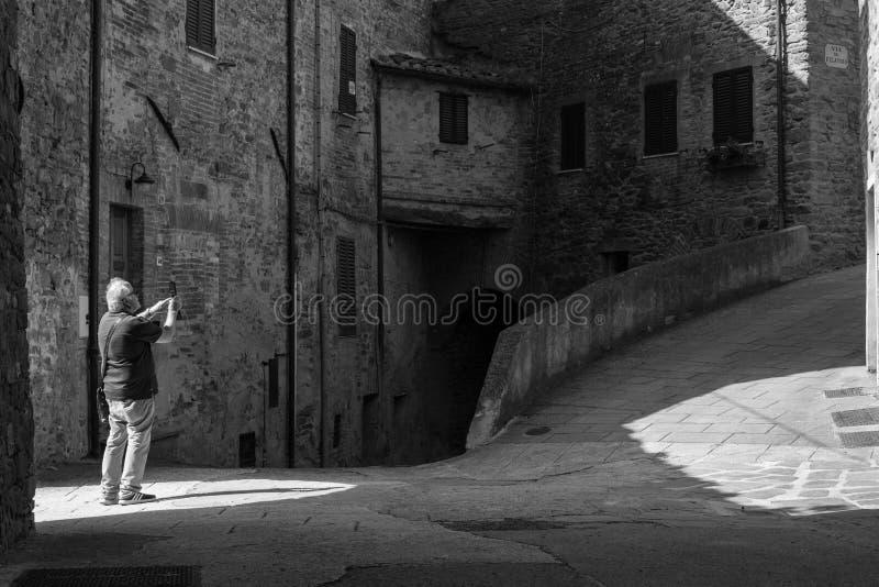 Turist i Perugia royaltyfria foton