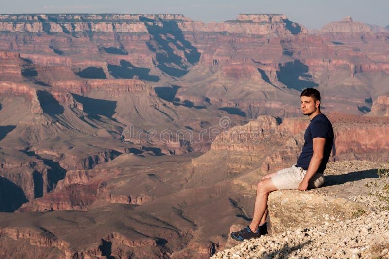 Turist på Grand Canyon fotografering för bildbyråer