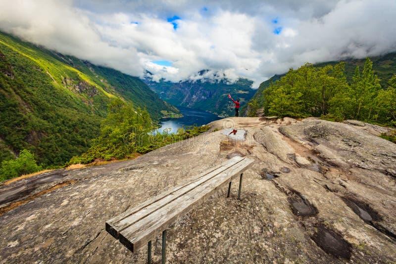 Turist p? synvinkel i Norge fotografering för bildbyråer