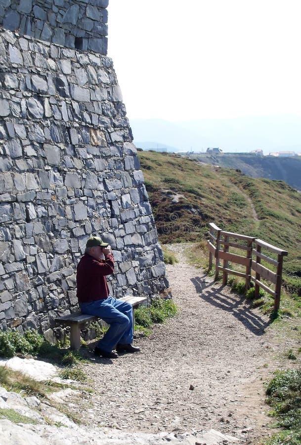 Turista al castello spagnolo immagine stock libera da diritti