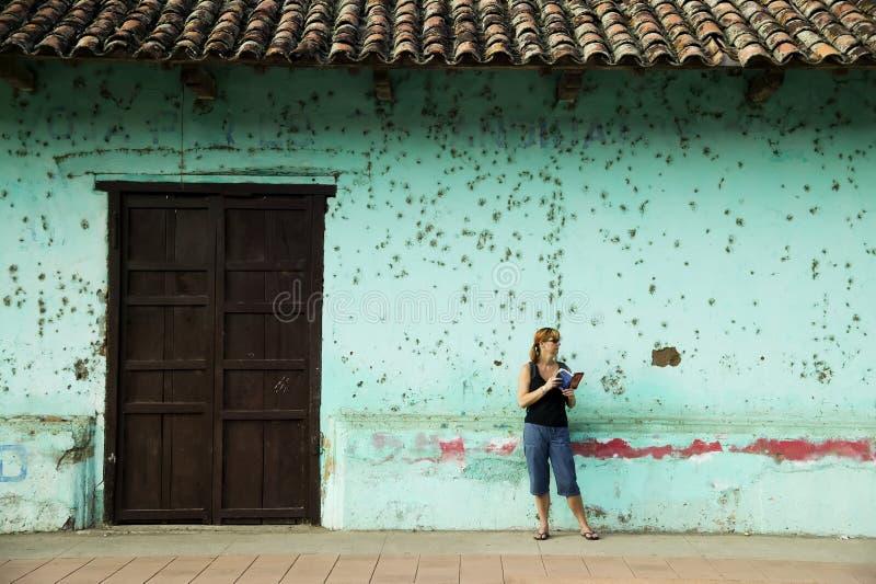 Turista americano em Granada Nicarágua imagens de stock