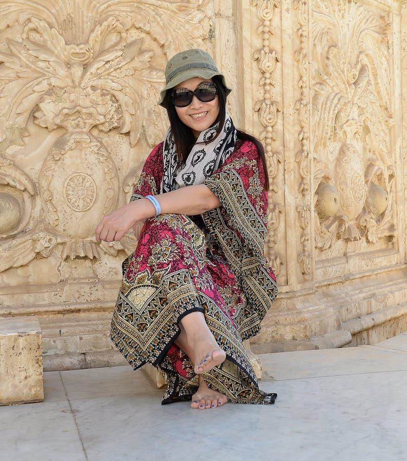 Turista asiático feliz fotografia de stock