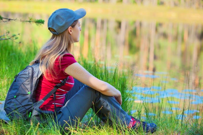 Turista della giovane donna fotografie stock