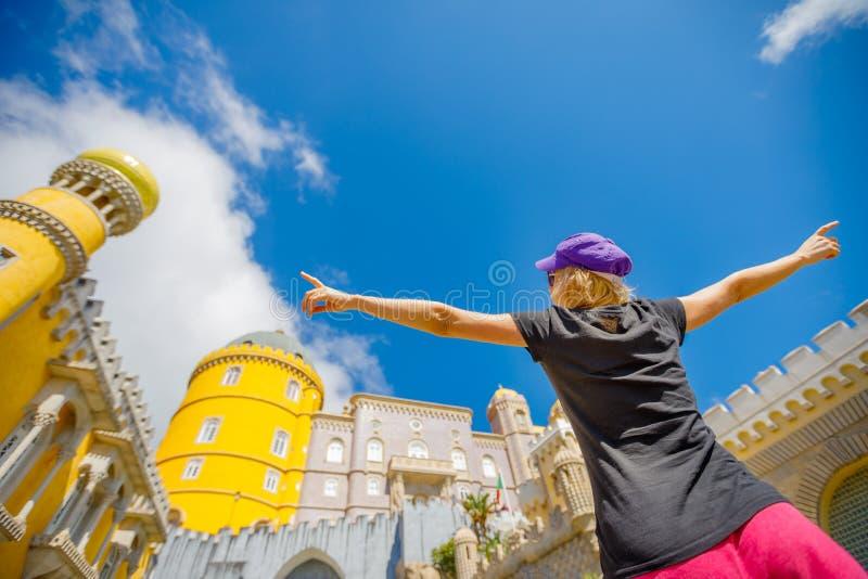Turista do curso em Sintra fotos de stock royalty free
