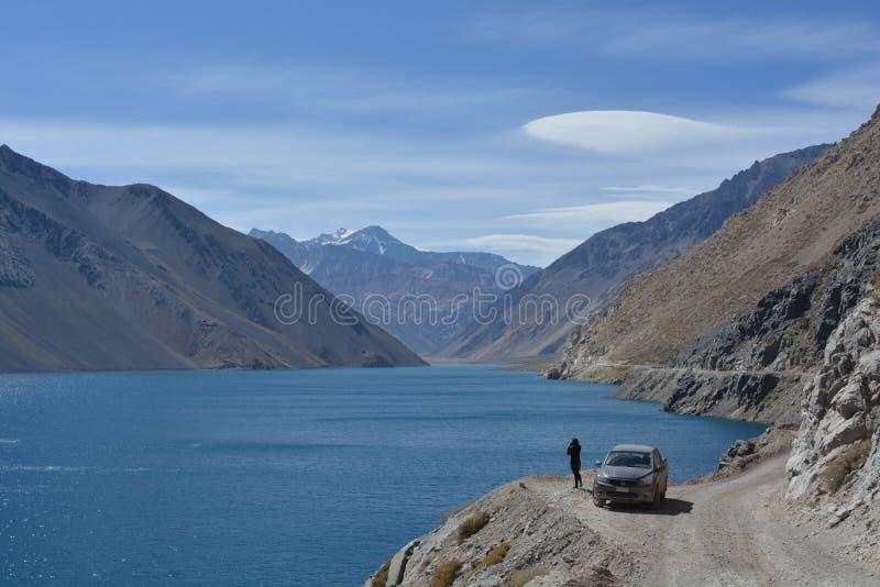 Turista en Cajon de Maipo, Chile imagen de archivo libre de regalías
