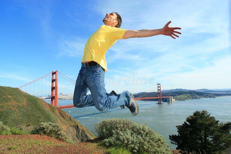 Turista feliz em San Francisco foto de stock
