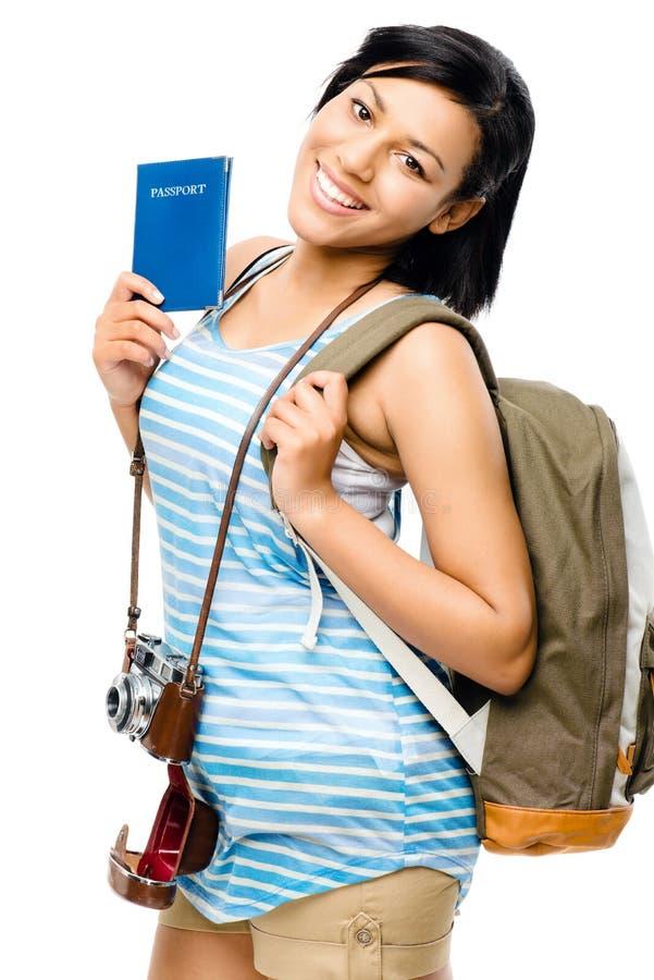 Turista feliz que guardara a mulher do fotógrafo da câmera do passaporte fotos de stock