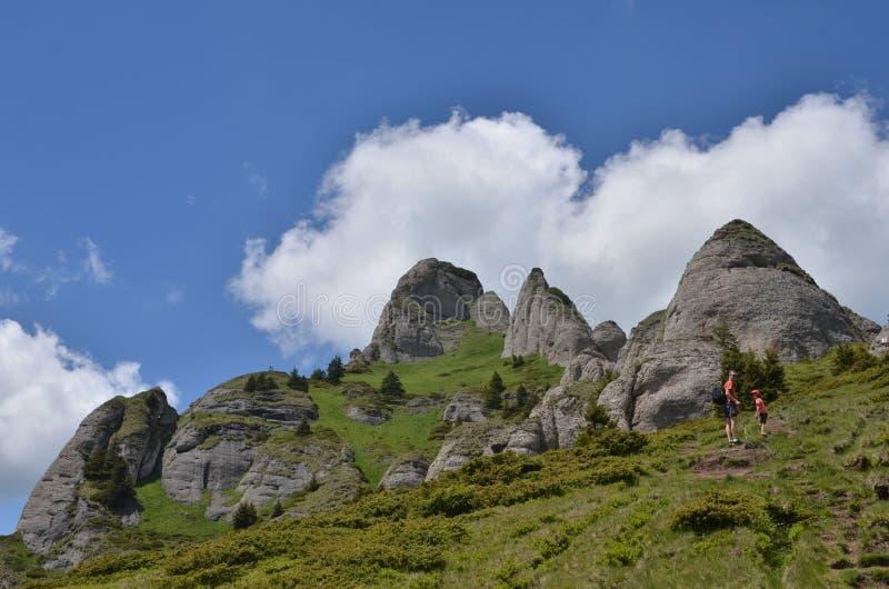 Turistas de la montaña fotografía de archivo libre de regalías