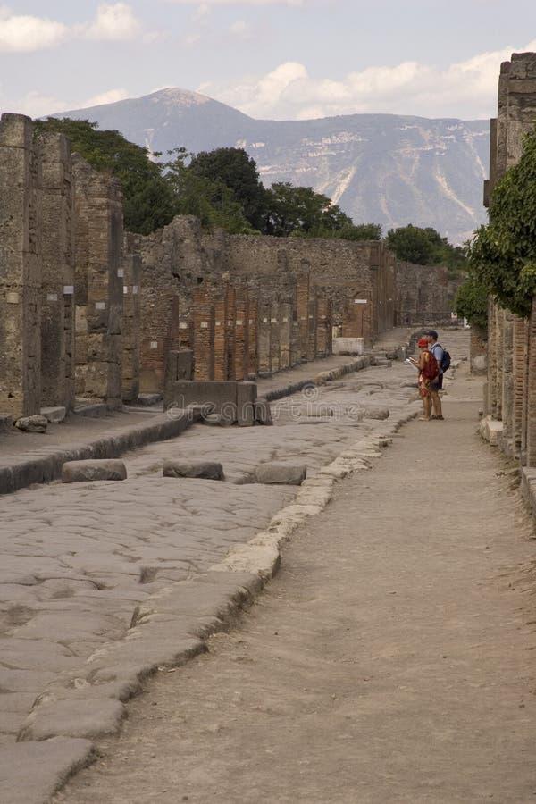 Turistas de Pompeii fotos de archivo libres de regalías