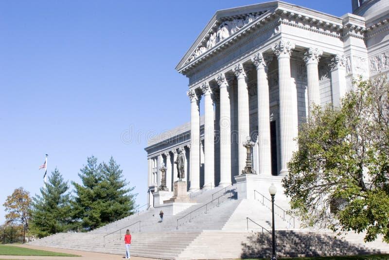 Turistas en el capitolio del estado de Missouri foto de archivo