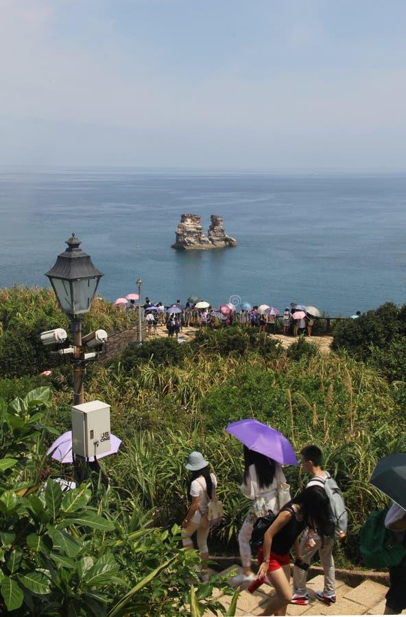 Turistas en la manera imagenes de archivo