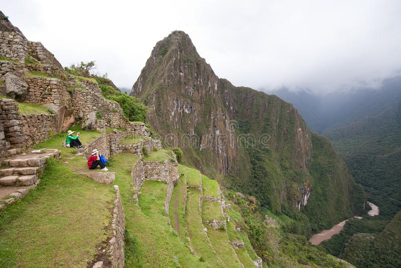 Turistas en Machu Picchu imagen de archivo