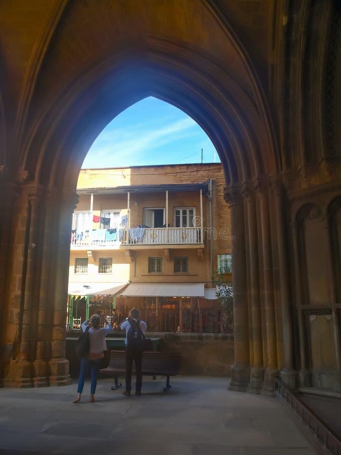 Turistas en Nicosia imágenes de archivo libres de regalías