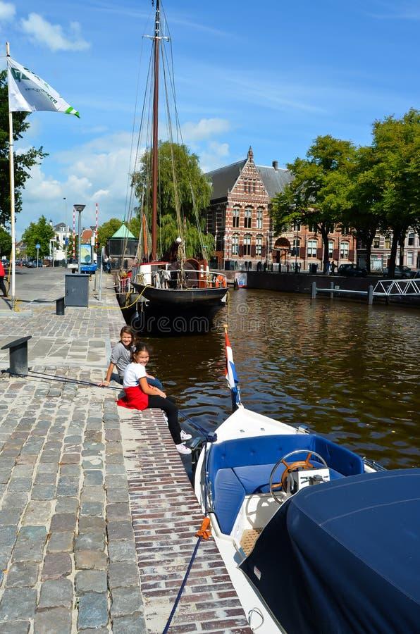Turister i Groningen royaltyfria bilder