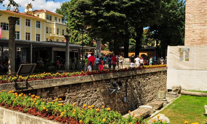 Turister i kapplöpningsbana av Constantinople royaltyfria foton
