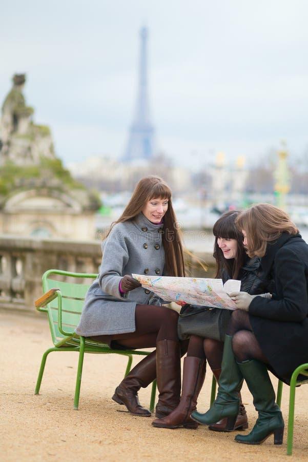 Turisti a Parigi fotografia stock libera da diritti