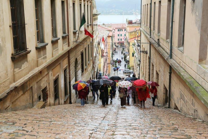 Turisti in Portoferraio, Italia immagine stock