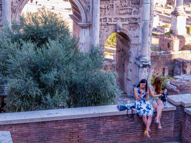 Turisti a Roma immagini stock libere da diritti