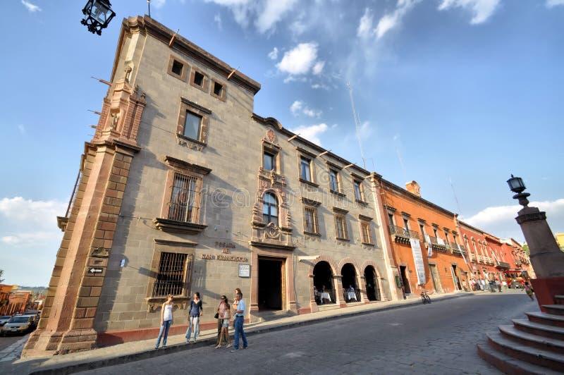 Turisti a San Miguel de Allende fotografia stock libera da diritti