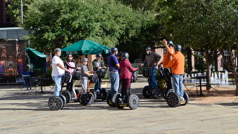 Turistsighten på en Segway turnerar royaltyfri foto