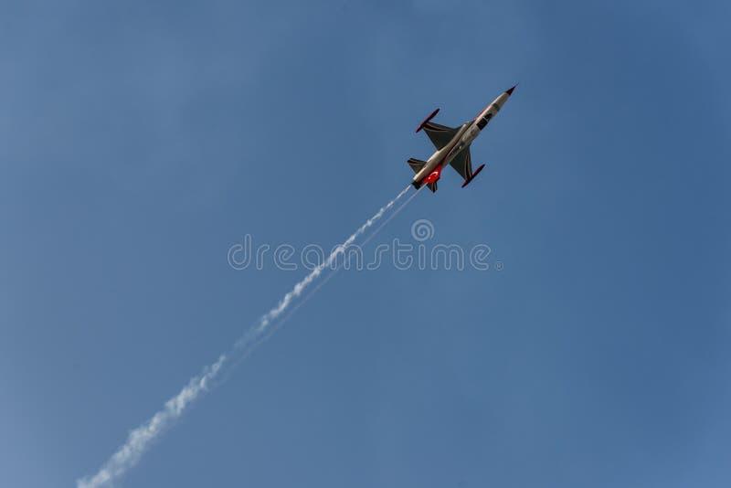 Turk Performs solo uno show aereo fotografia stock