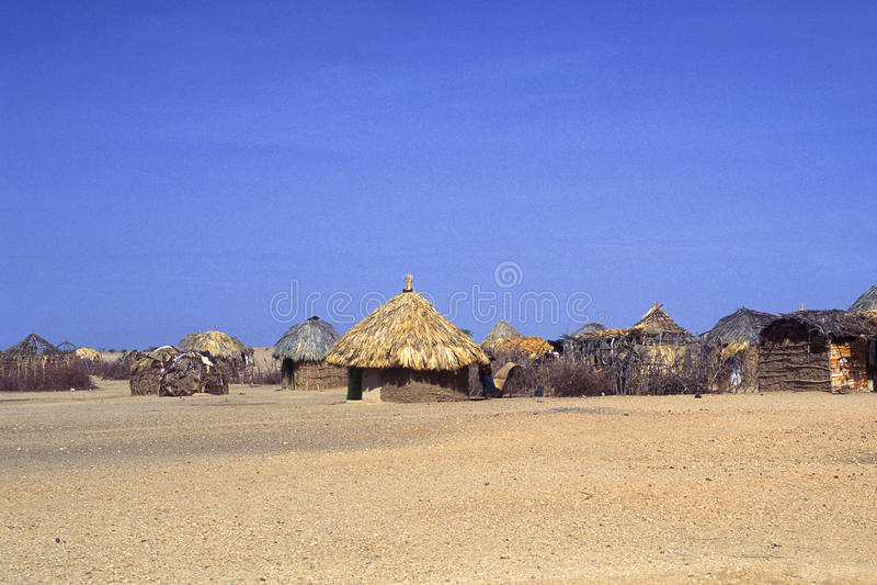Turkana Dorf (Kenia) lizenzfreie stockfotos