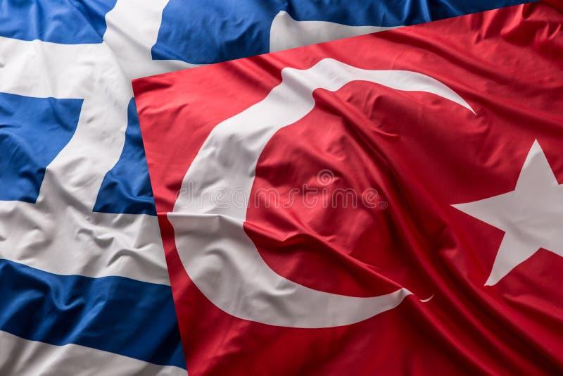 Turkea μια σημαία της Ελλάδας μαζί - πυροβολισμός στούντιο στοκ εικόνες με δικαίωμα ελεύθερης χρήσης
