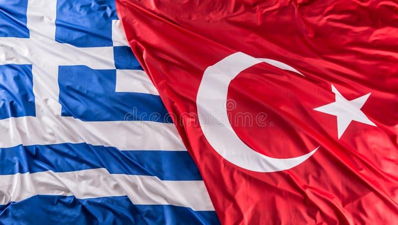 Turkea un tiro del estudio de la bandera de Grecia junto - foto de archivo