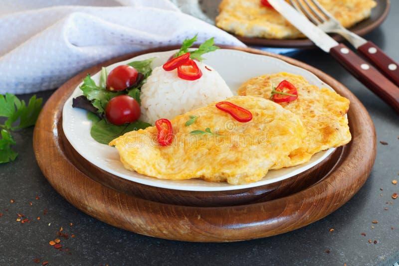 Turkiet schnitzel med ris royaltyfri fotografi