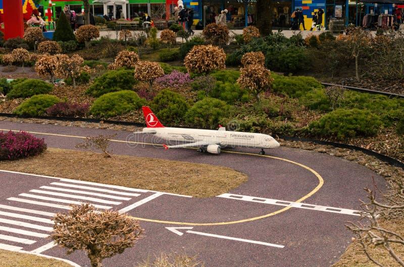 Turkish Airlines samolot robić Lego obrazy stock