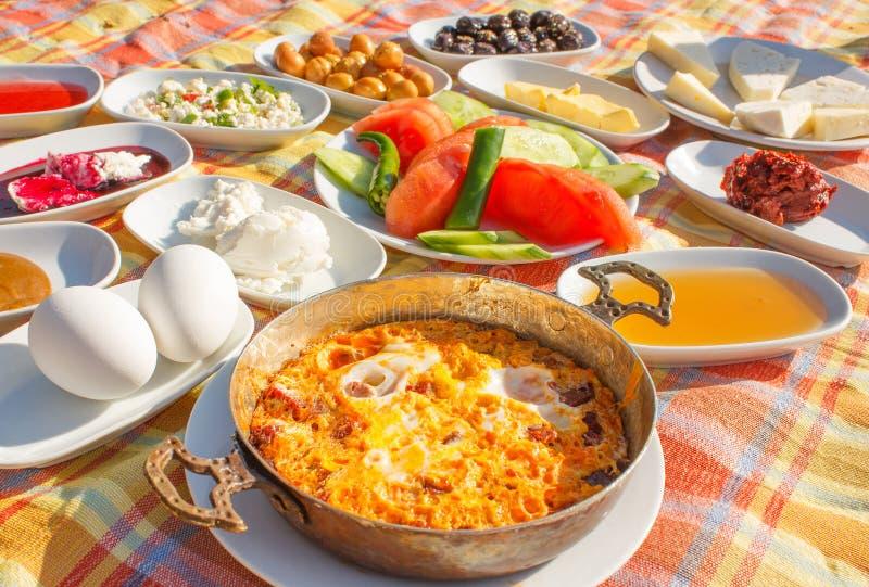 Turkisk frukost 1 arkivfoto